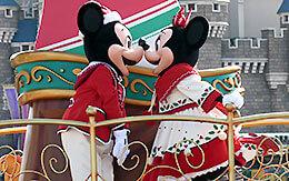 ミッキーとミニーのペアショットなど15枚紹介「ディズニー・クリスマス・ストーリーズ2018」