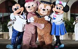 キリンスペシャルナイト2019からミッキー&ダッフィー達の4ショット画像10枚