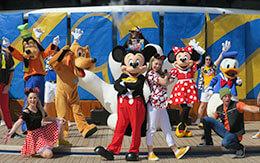 「ディズニークルーズ地中海+ローマ」旅行記〜初日(出航パーティー・Mickey's Sail-a-Wave Party)〜