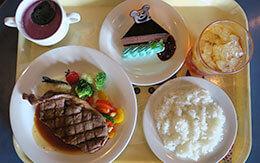 ホライズンベイでTDSハロウィーン2019のステーキを食べる