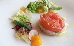 メディテレーニアンハーバーを一望できるレストランで味わった絶品ランチコース