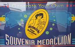 7月なのに3月マンスリースーベニアメダルが登場?!またTDR非売品カレンダーのデザインは?