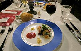 海賊が隠した宝箱を発見!前菜からデザートまで絶品「ブルーバイユー・レストラン」食レポ