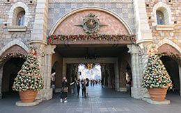 クリスマスの装飾された東京ディズニーシー、散歩日記(40枚の写真と共に)