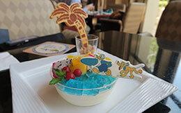 南国気分を味わえるスウィーツ「ディズニーアンバサダーホテル・サマーダイニングケーキセット」 in ハイピリオン・ラウンジ